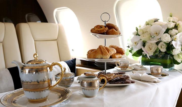 Explore Private Jet Dining